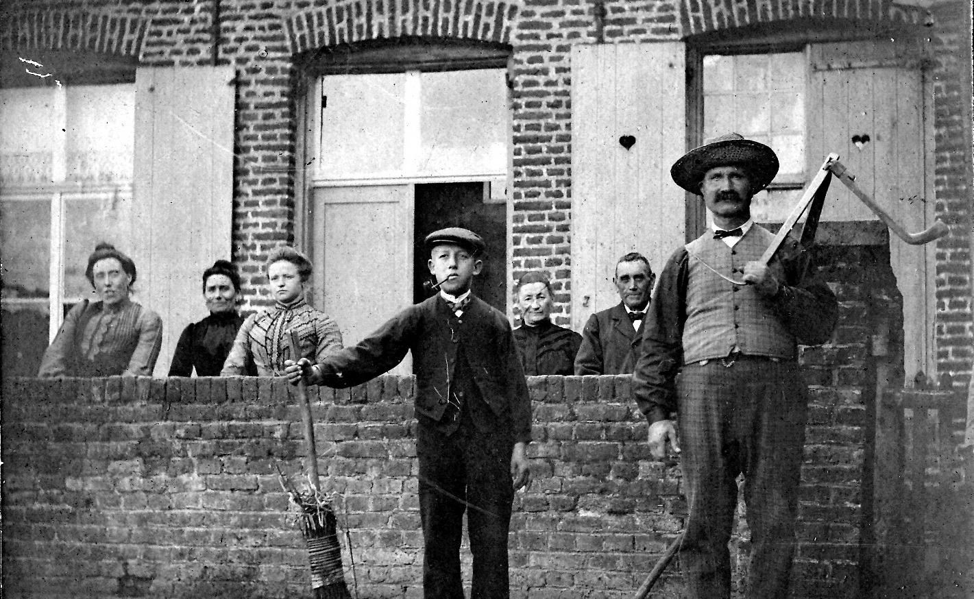 Au Coeur des Hôtes en 1905 - Famille Dumont